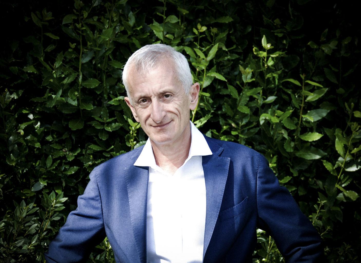 Dr. Marco Degidi, the innovator of the Conometric concept.